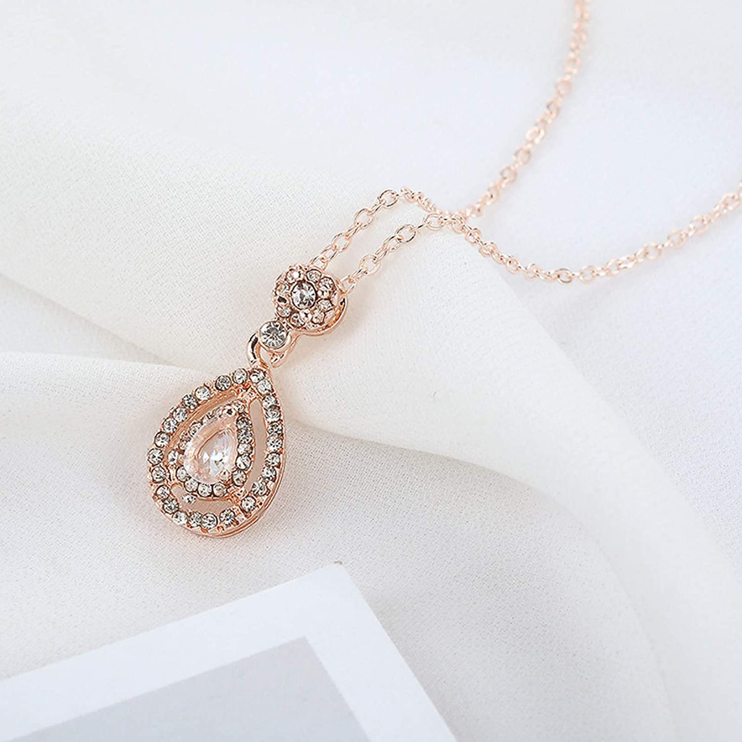 Necklaces for Women,Women Creative Rhinestone Decor Charm Water Drop Shaped Necklace Jewelry Gift Jewelry Gifts For Daughter/Her/Girls/Wife/Mom/Girlfriend
