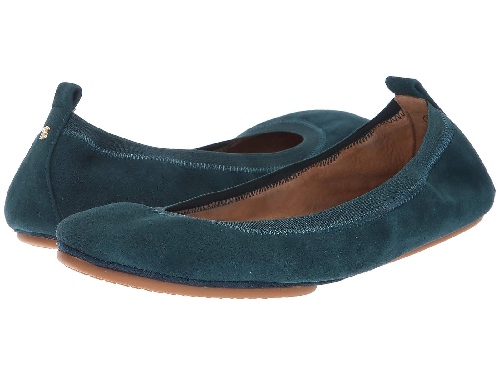 Yosi Samra SamaraAtmospheric grades have affordable shoes