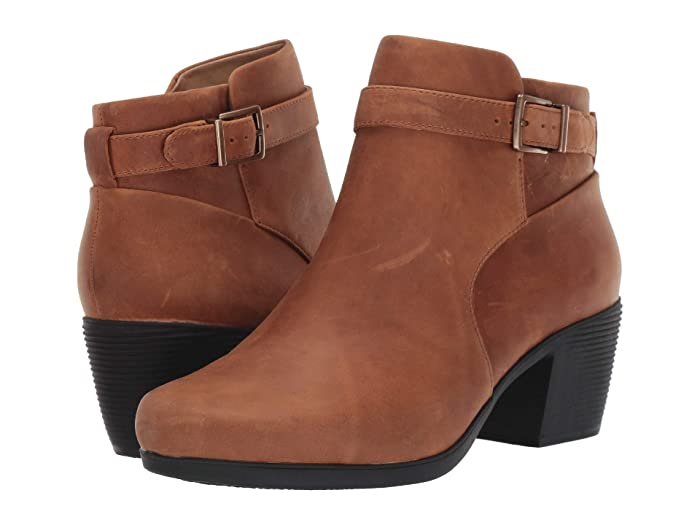 Clarks  Un Lindel Lo (Dark Tan Oily Leather) Womens  Boots