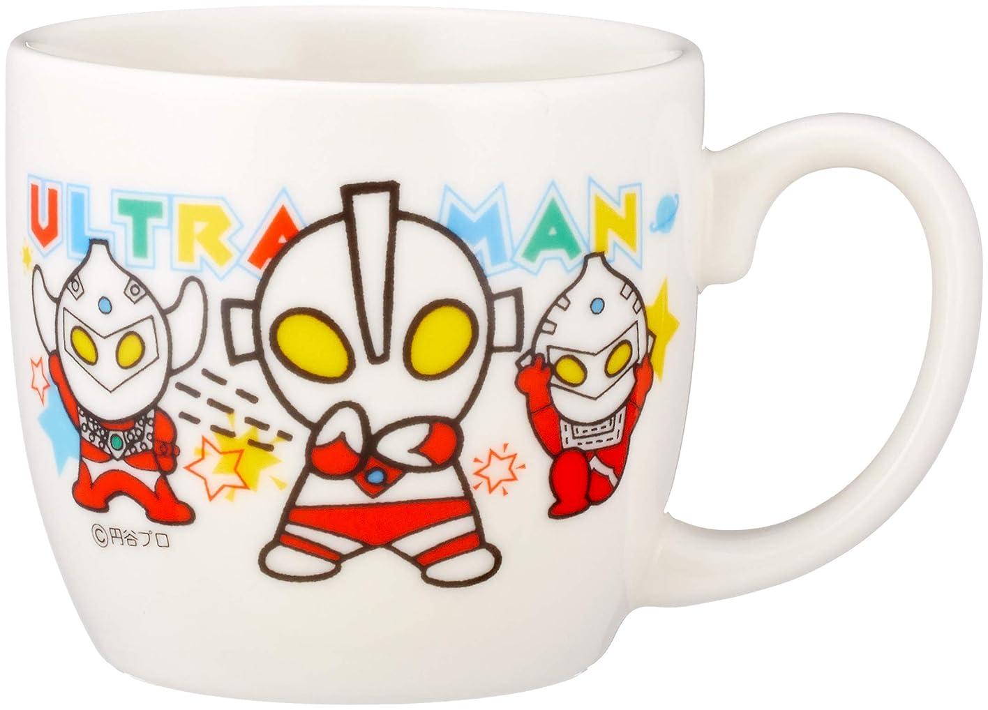 充実トリッキーシリアル「 ウルトラマン 」 マグカップ(丸形) 140g 子供用 食器 白 058304