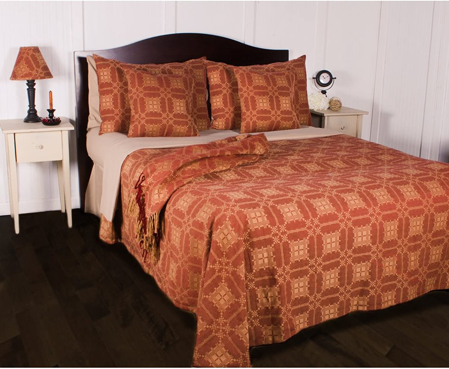 Home Collections by Raghu Smithfield Jacquard Bedcover King Barn Red, Nutmeg