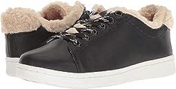 Chaska Sneaker