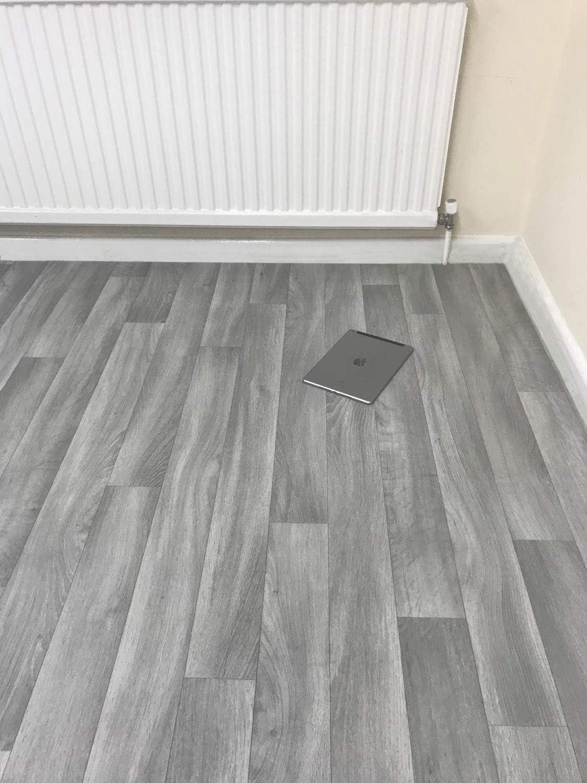 Grandismo Grey Oak   9Metre Width   Vinyl/Lino Flooring For  Bathroom/Kitchen   Plank Wood Effect Cushion   Anti Slip 9 Metre Length x  9 Metre Width