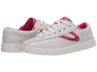 Tretorn Nylite 39 Plus (Vintage White/Fluo Pink) Women