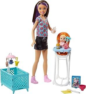 Barbie- Babysitters Pappa e Nanna Playset con Bambola Skipper, Seggiolone, Lettino e Bebè con Boccuccia Cambia Colore, Mul...