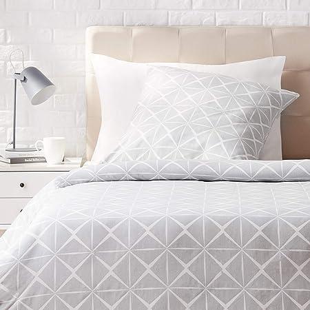Amazon Basics Parure de lit avec housse de couette en satin, 140 x 200 cm / 65 x 65 cm x 1, Gris quartz