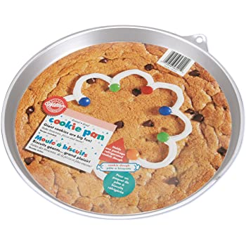Wilton Giant Cookie Pan, Round