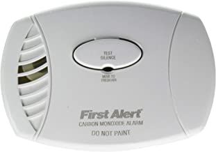 """First Alert FAT1039734 Plug-in Carbon Monoxide Alarm with Battery Backup, 8.50"""" x 6.75"""" x 2.25"""""""