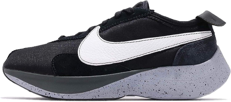 Nike Mens Moon Racer Suede Workout Running shoes B W 6 Medium (D)