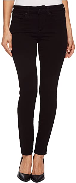 Petite Ami Skinny Leggings in Black