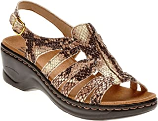 9ae0d39c0cc Amazon.com  Brown - Platforms   Wedges   Sandals  Clothing