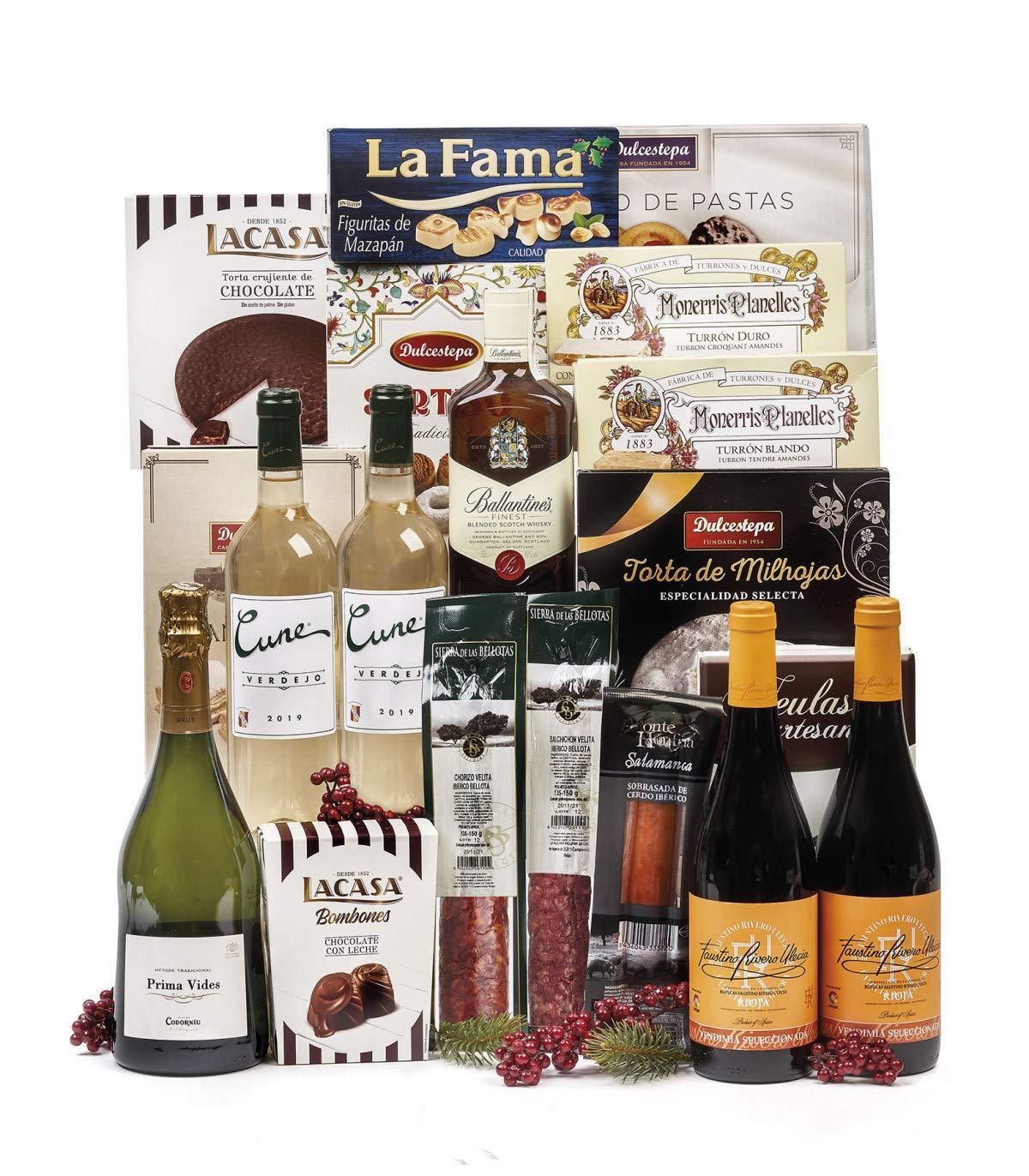Lote de Navidad con botella de whisky Chivas Regal 12 años, queso, selección de ibéricos, vinos, licores y surtido de dulces navideños.: Amazon.es: Hogar