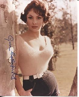 GINA LOLLOBRIGIDA sexy fuzzy sweater signed 8x10 photo / UACC Registered Dealer # 212