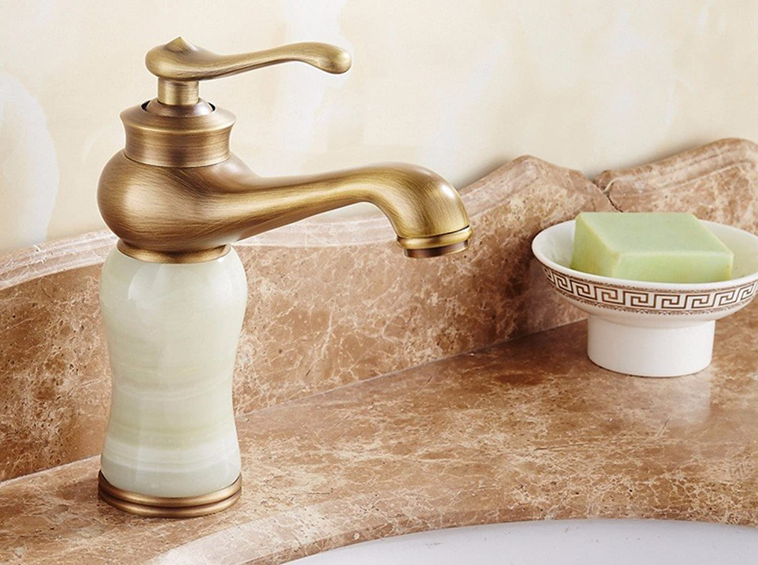 Hlluya Professional Sink Mixer Tap Kitchen Faucet Cold and hot, single handle single hole, jade, a vanity area with sink and faucet