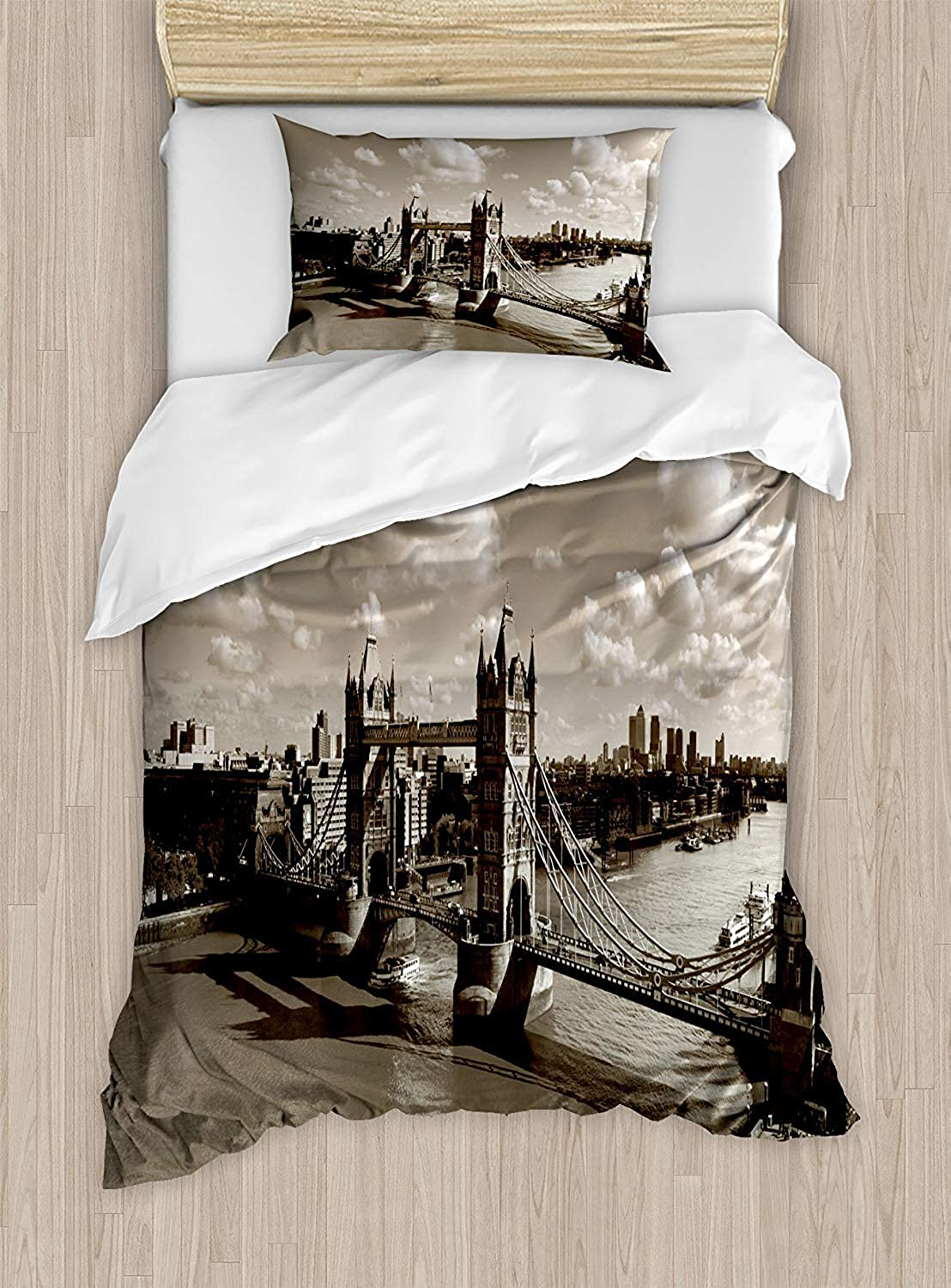 VpinkLVHOME Travel Duvet Cover Set Twin Size Tower Bridge in London City Cloudy Sky Old Historic Cityscape Nostalgia England,Bedding Set for Teen 2Pcs,Sepia White