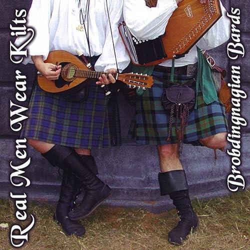 The Wise Woman Cottage Garden: Real men wear kilts!