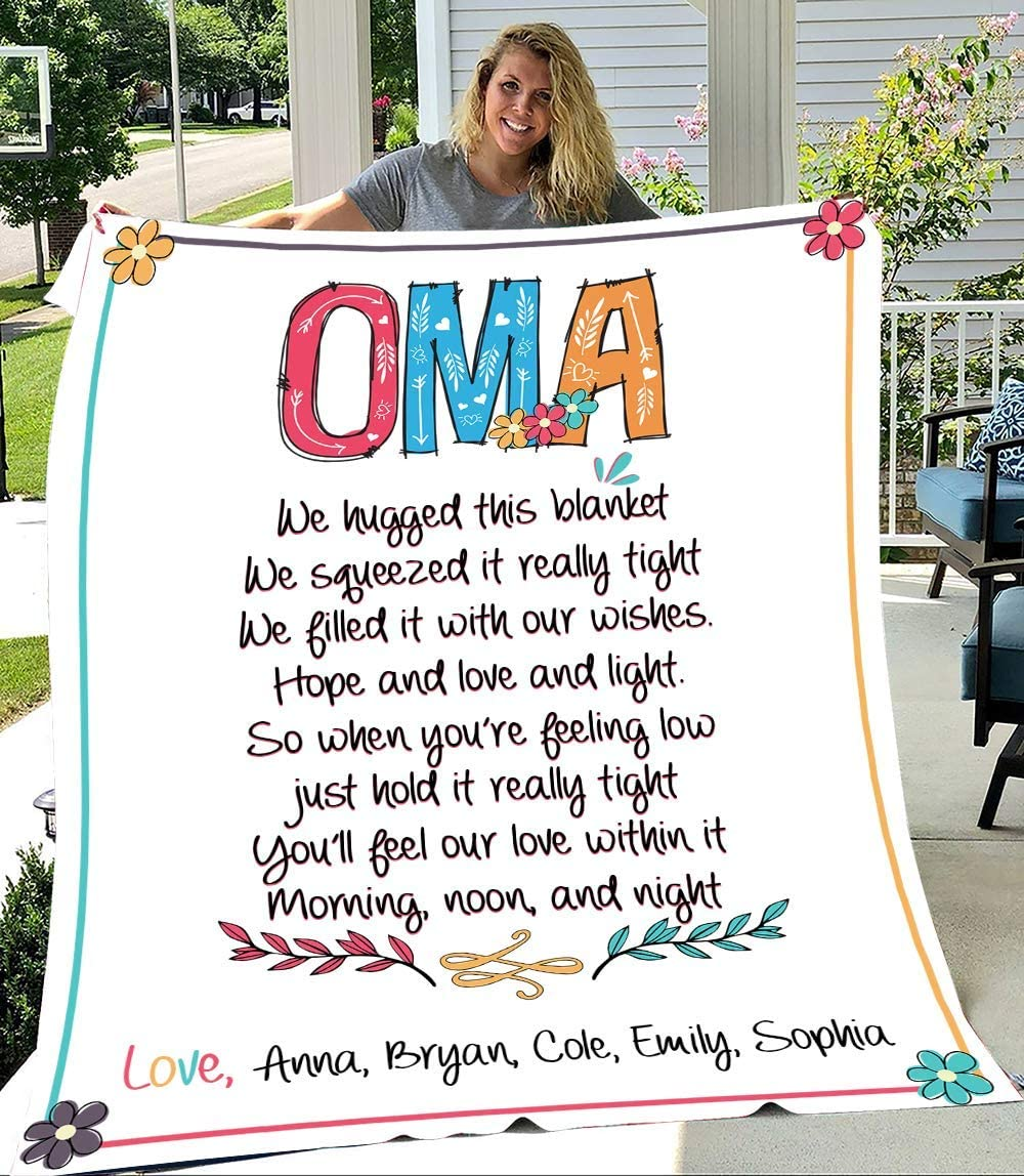 Oma We Hugged This Blanket Grandma Personalized with Kid's Name Product security