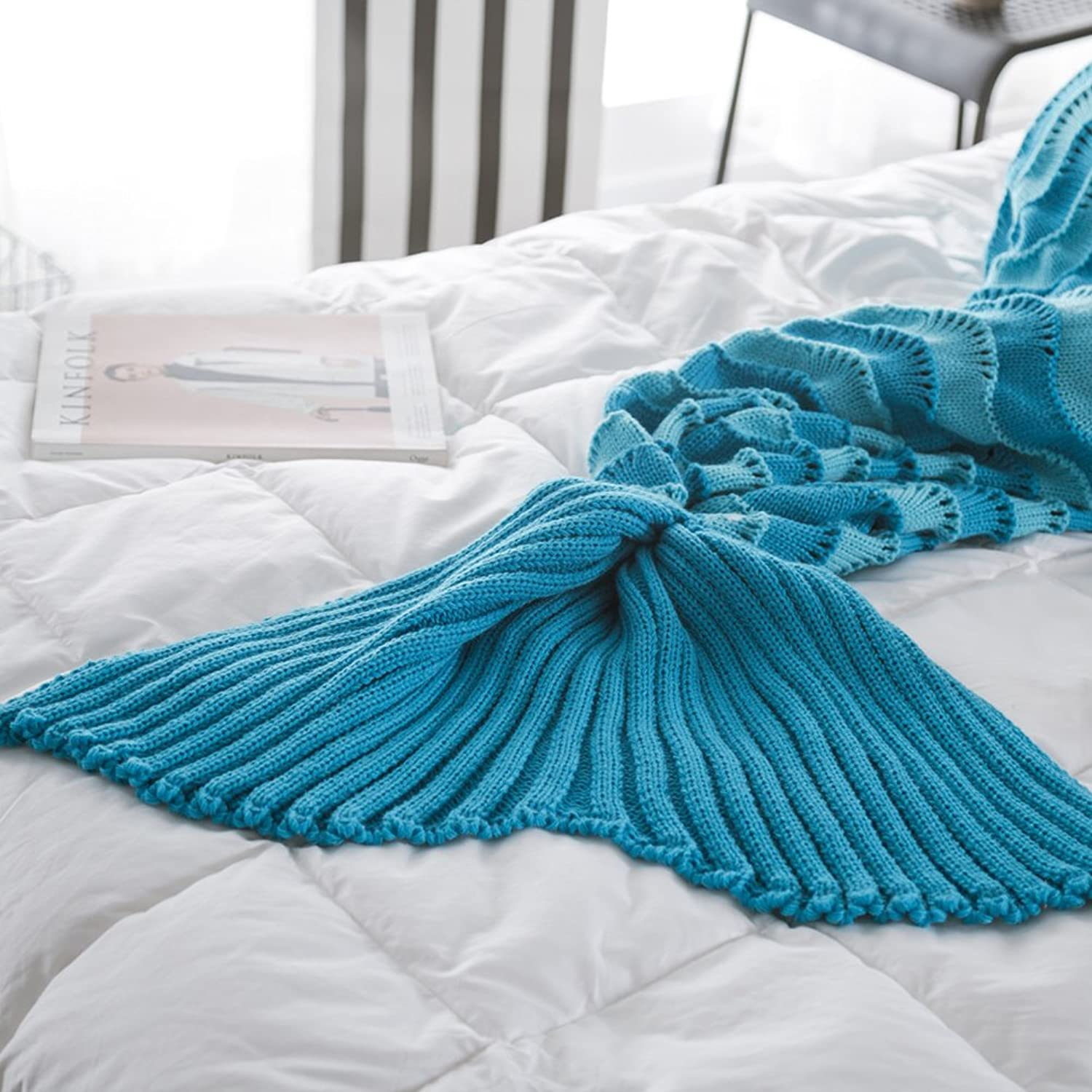 YIWEISI Mermaid Tail Blanket Hand Knitted Waves and Mermaid Blanket Scales for Adult Kids Girls Teens Sleeping Bag (bluee)