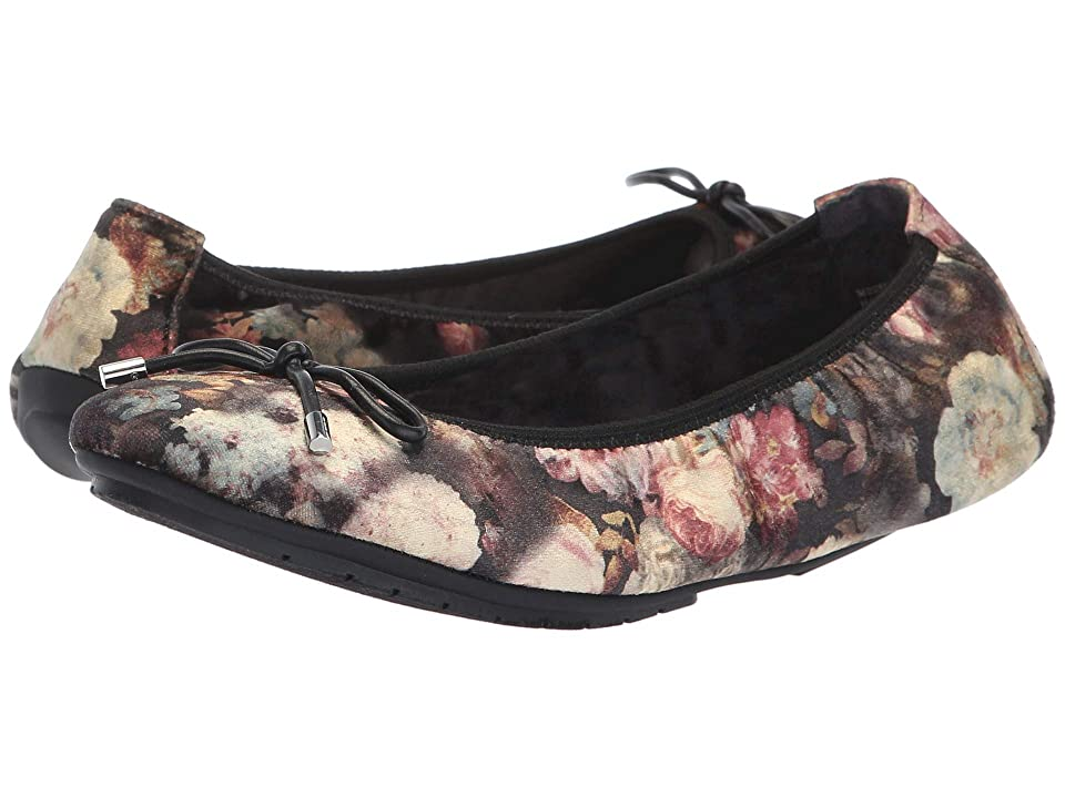 Me Too Halle (Multi Flower Velvet) Women