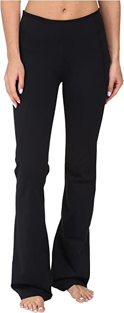 Under Armour UA Mirror Studio Pant - Boot Cut