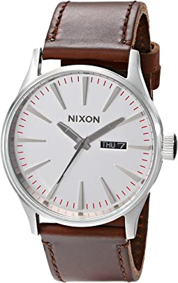 Nixon Sentry Leather