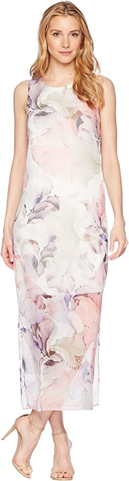 Vince Camuto - Sleeveless Diffused Blooms Knit Underlay Dress