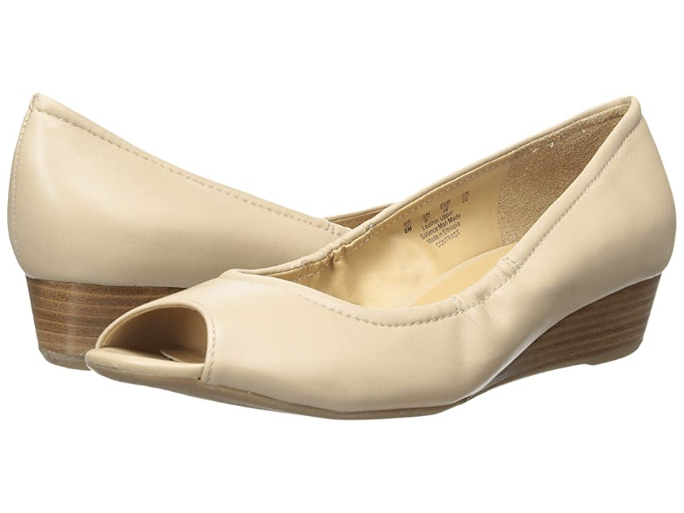 Naturalizer Contrast (Tender Taupe Leather) Women