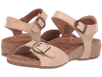 Taos Footwear Vera (Nude) Women