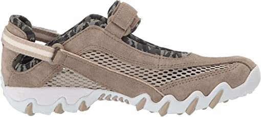 Pirite (Tan) Suede/Safari Open Mesh
