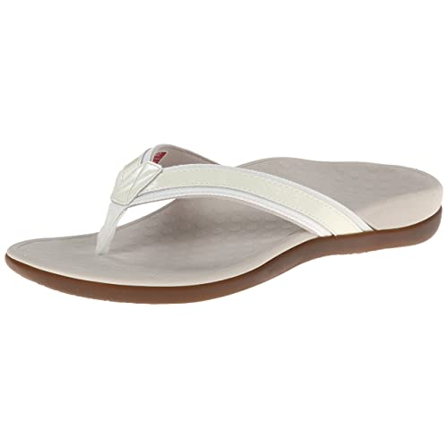 ffb8f1b11452 Women s White Sandals Size 6  Amazon.com