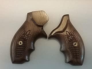 CFP - S&W J-Frame - Finger Groove - Boot Clip Grip - Round Butt - Walnut - Fleur-de-lis Checkering - Revolver Boot Clip Series Grips