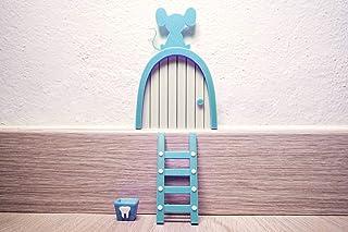 Ratoncito Pérez puerta Celeste a su casita con escalera y cajita para diente. HECHO EN ESPAÑA
