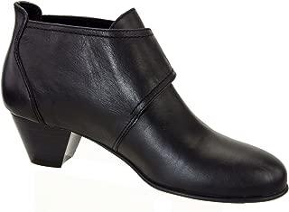 Women's Status Boots