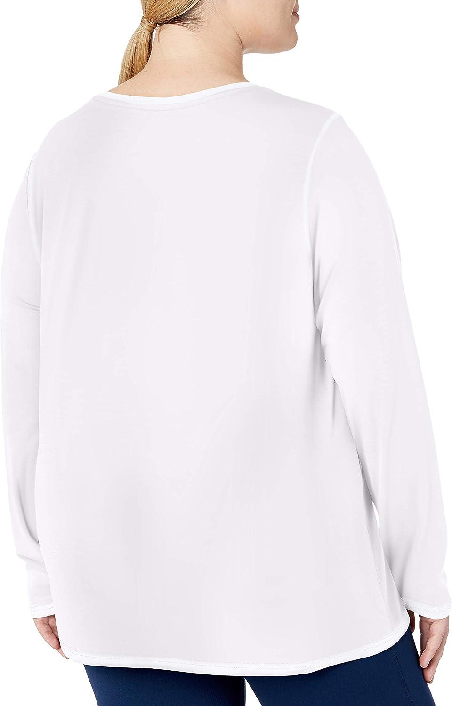 Essentials Women's Plus Size Tech Stretch Long-Sleeve T-Shirt: Clothing