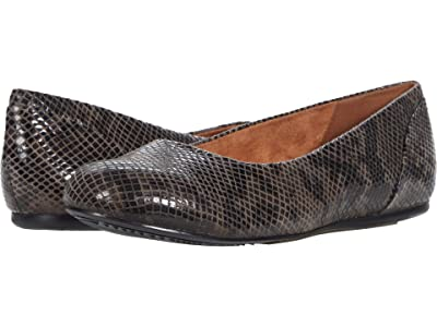 SoftWalk Sonoma (Grey Snake Leather) Women