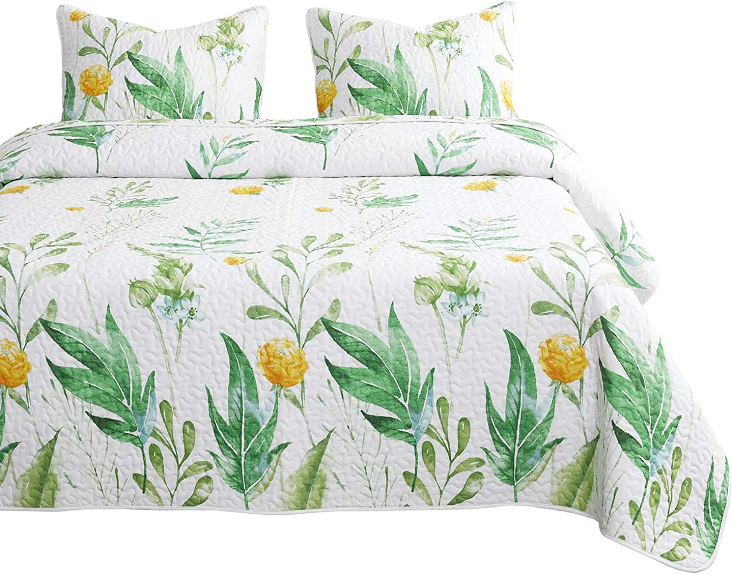 Wake In Cloud - Floral Quilt Set, Botanical Flowers Green Tree Leaves Pattern Printed on White, 100% Cotton Fabric with Soft Microfiber Inner Fill Bedspread Coverlet Bedding (3pcs, Queen Size)