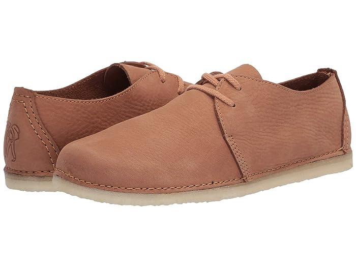 Clarks  Ashton (Light Tan Nubuck) Womens Shoes
