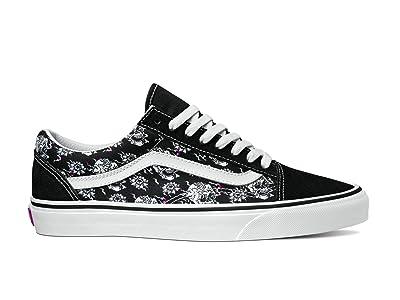 Vans Old Skooltm ((Flash Skulls) Multi/True White) Skate Shoes