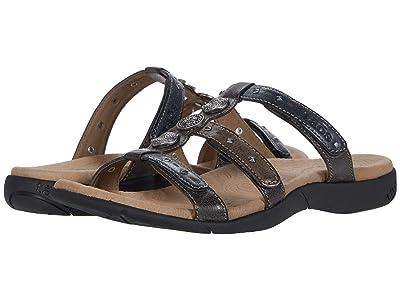 Taos Footwear Festive