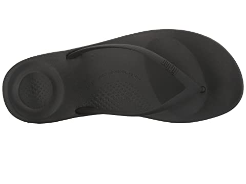 9dae7fcfe5ad FitFlop Iqushion Ergonomic Flip-Flop at Zappos.com