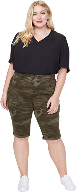 "Plus Size 13"" Pull-On Shorts in Camo"