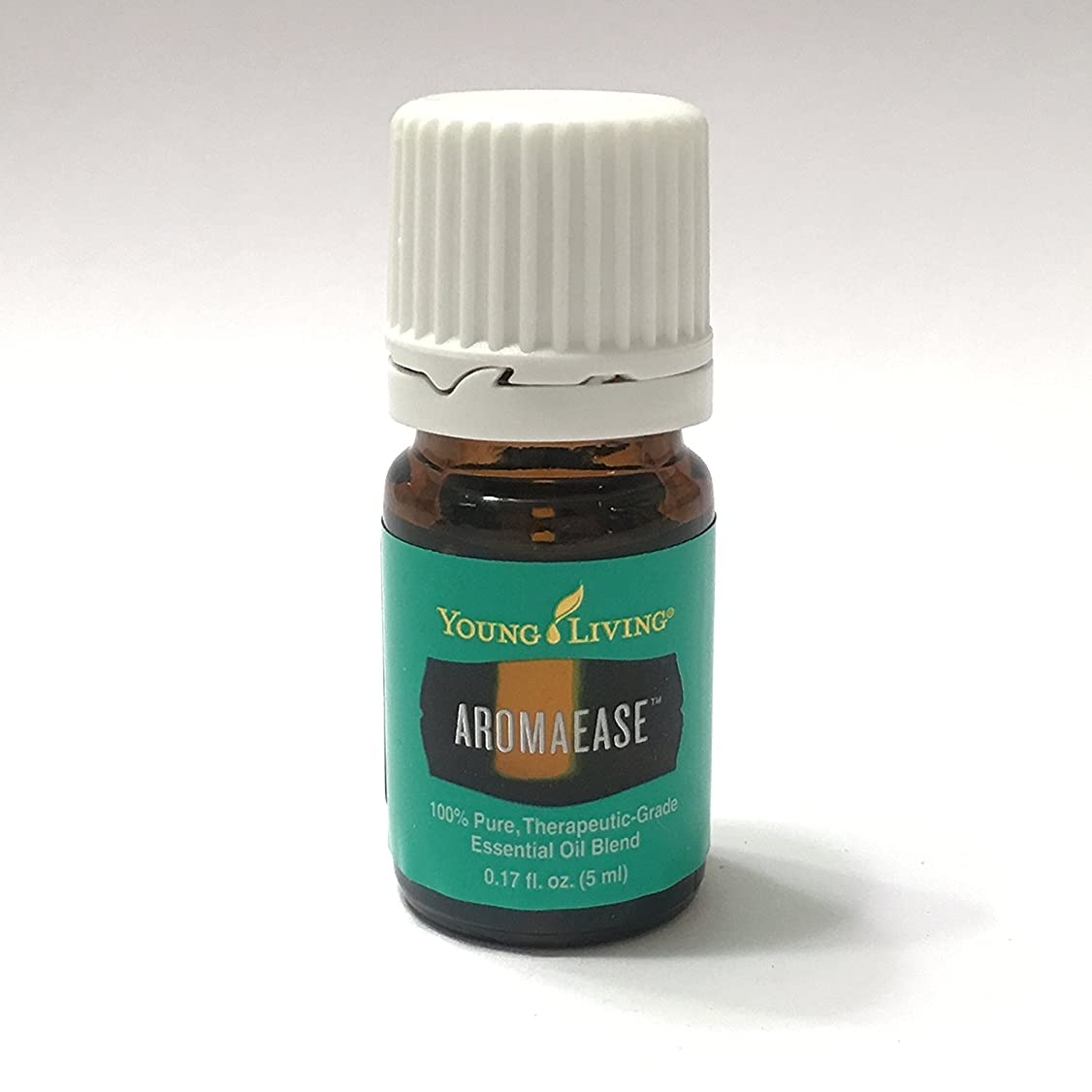 インシュレータ大きい少年Young Living aromaease 5ミリリットル(アロマ使いやす)エッセンシャルオイルエッセンシャルオイル