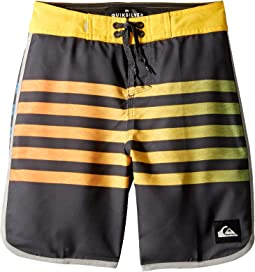 "Everyday Grass Roots 17"" Boardshorts (Big Kids)"