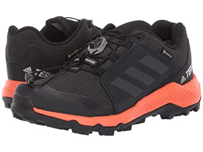 adidas Outdoor Kids Terrex GTX (Little Kid/Big Kid) (Black/Carbon/True Orange) Boys Shoes