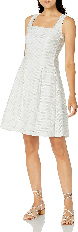 蔵 NINE WEST Women's Inverted Dress Pleat 迅速な対応で商品をお届け致します Box