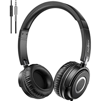 Vogek On Ear Headphones with Microphone, Lightweight Portable Fold-Flat Stereo Bass Headphones with 1.5M Tangle Free Cord and Mic, Black
