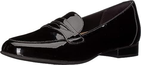 CLARKS Womens Un Blush Go Loafer