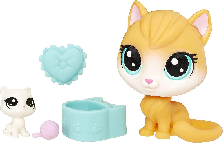 Littlest Pet Shop Pawlina Pillowby & Nuzzles Pillowby