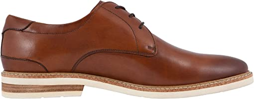 Cognac Smooth/White Sole