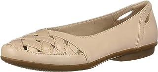 حذاء مسطح بدون كعب من كلايرز للسيدات بتصميم Gracelin Maze
